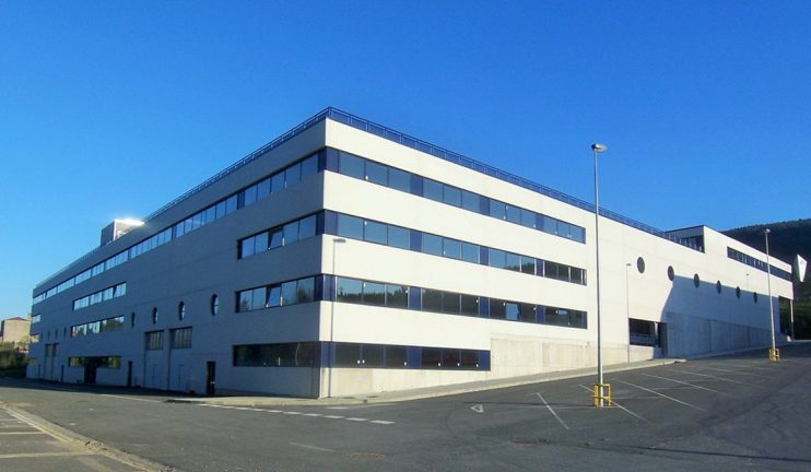 2_2_1-edificios-multiplanta-con-usos-mixtos-industriales-comerciales-y-administrativos-1-min