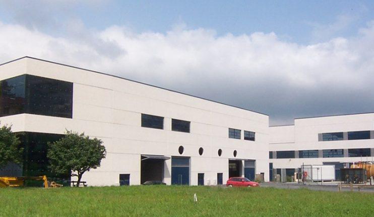 2_2_1-edificios-multiplanta-con-usos-mixtos-industriales-comerciales-y-administrativos-5-min