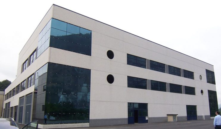 2_2_1-edificios-multiplanta-con-usos-mixtos-industriales-comerciales-y-administrativos-6-min