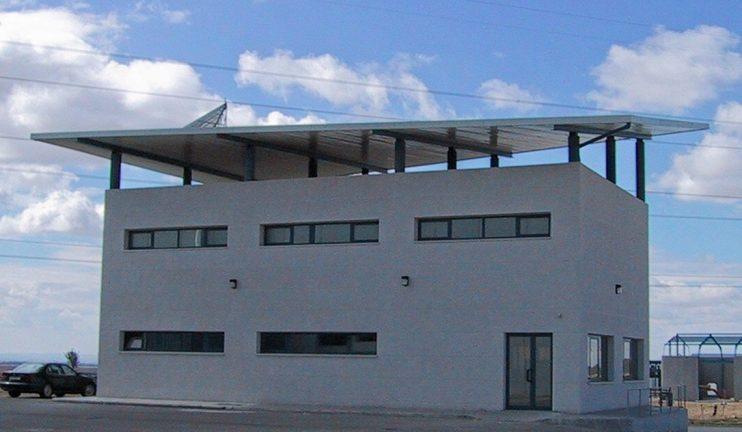 2_3_2-oficinas-y-vestuarios-en-el-sector-del-hormigon-prefabricado-2-min
