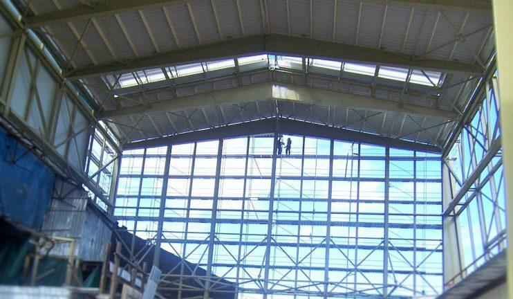 edificio-de-fusion-y-moldeo-de-vidrio-4