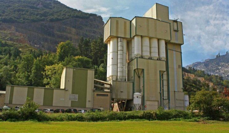 edificios-de-almacenaje-mezcla-y-dosificacion-de-graneles-2