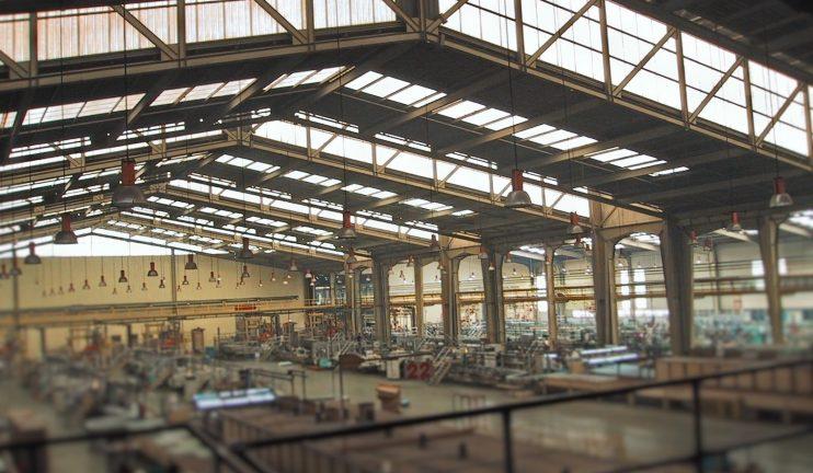edificios-de-fusion-y-moldeo-de-vidrio-y-almacenes-2
