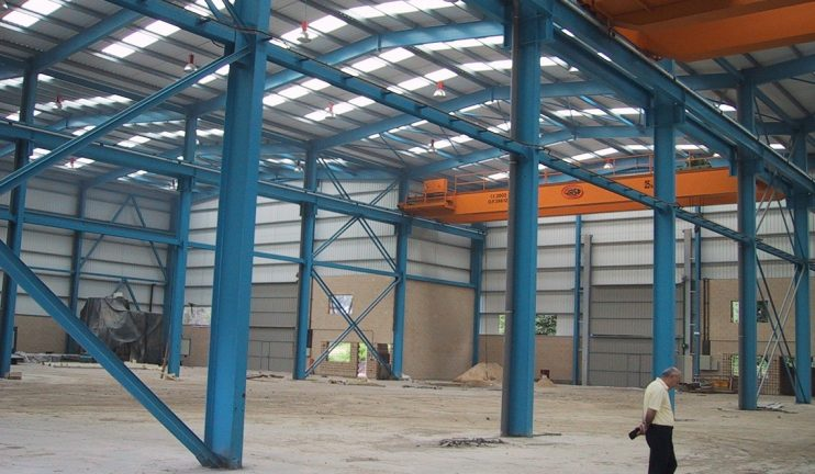 edificios-multinave-equipado-con-gruas-puente-destinado-al-alquiler-para-usos-asimilables-a-la-caldereria-semi-pesada-2