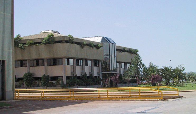 oficinas-generales-en-edificio-representativo-en-el-sector-del-vidrio-1