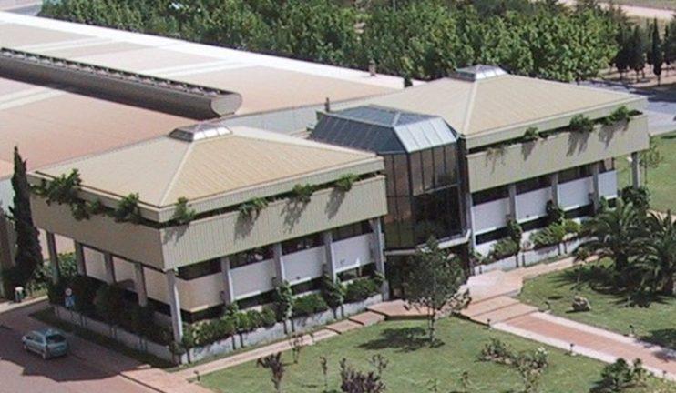 oficinas-generales-en-edificio-representativo-en-el-sector-del-vidrio-2