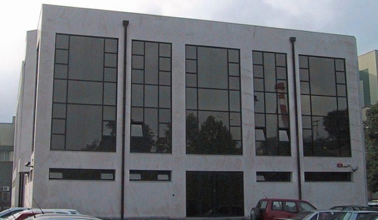 oficinas-y-vestuarios-en-el-sector-del-vidrio-1